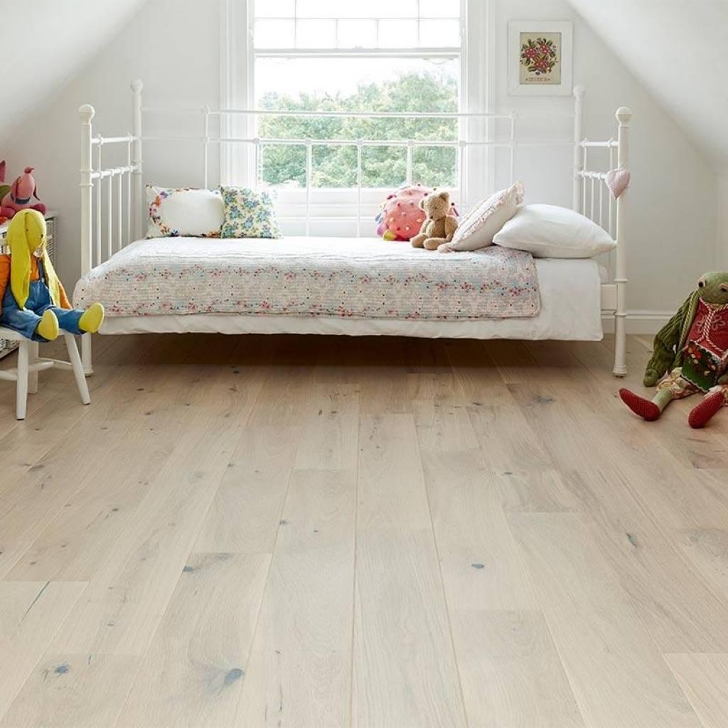 Podłoga drewniana Dąb Country 1-lamelowy lakier biały matowy